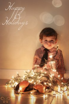 Creative holiday photo cards: Christmas lights by JoopJoop Designs