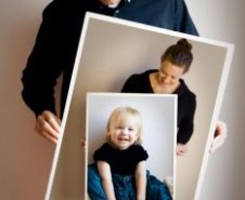 Creative holiday photo cards: Picture-in-picture by Kamil Tracz Photography