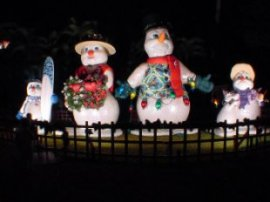 Hawaiian Snow Family in Hawaii display at Honolulu Hale, Oahu