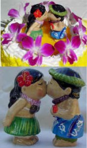 These adorable Hawaiian kissing couple can be used for a cake topper or s&p shakers!!!